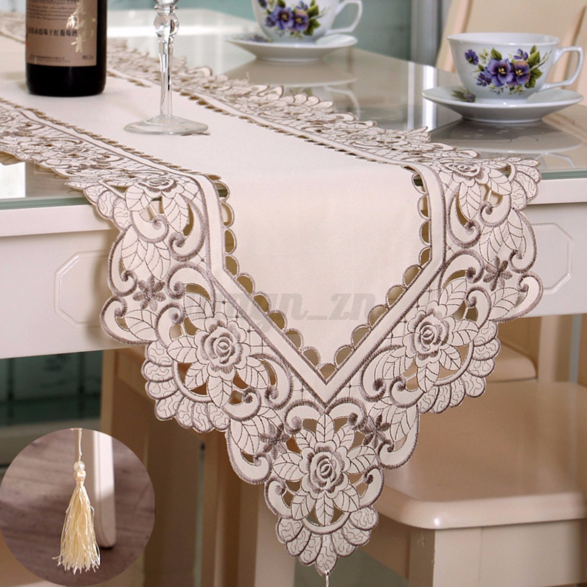 chemin de table d coration nappe napperon fleurs broderie f te mariage 7 styles ebay. Black Bedroom Furniture Sets. Home Design Ideas