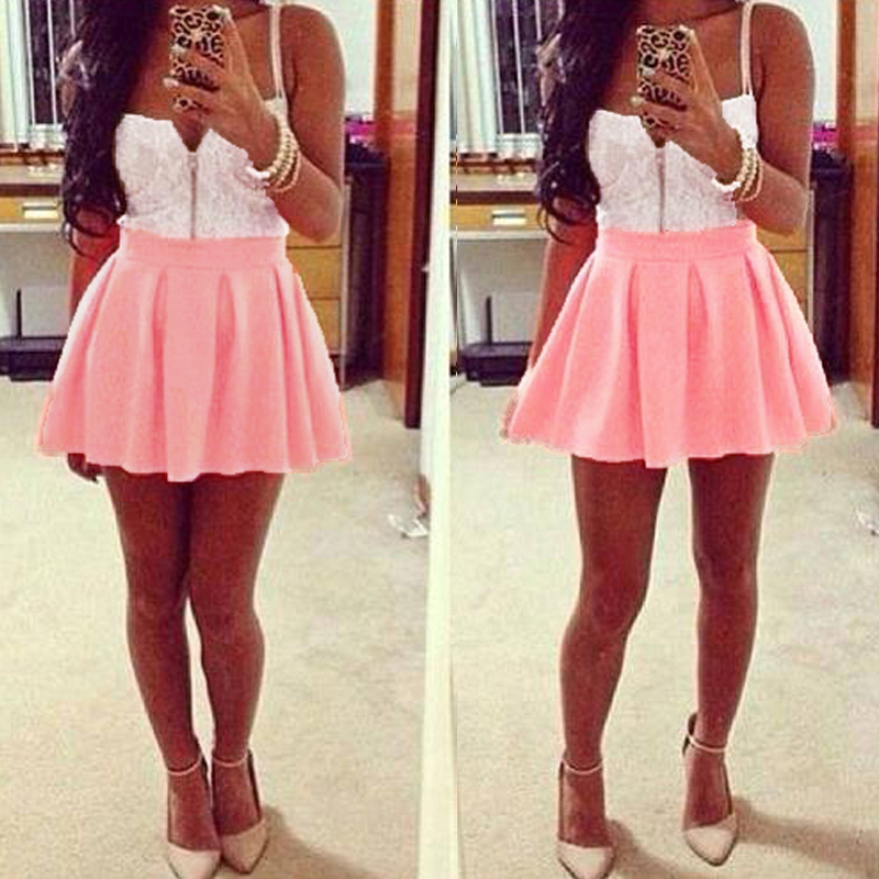 Розовая мини юбка на девушке фото 7 фотография