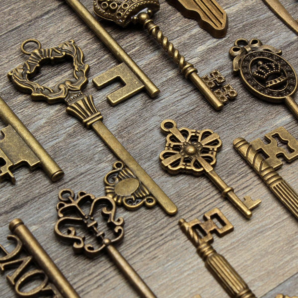 18 Assorted Antique Vintage VTG Old Look Skeleton Keys Bronze Steampunk Pendants 3