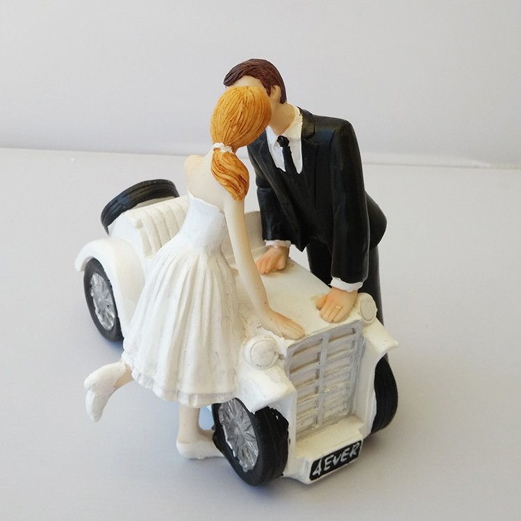 Funniest Wedding Gifts: Funny Bride Groom Valentine's Day Wedding Cake Toppers