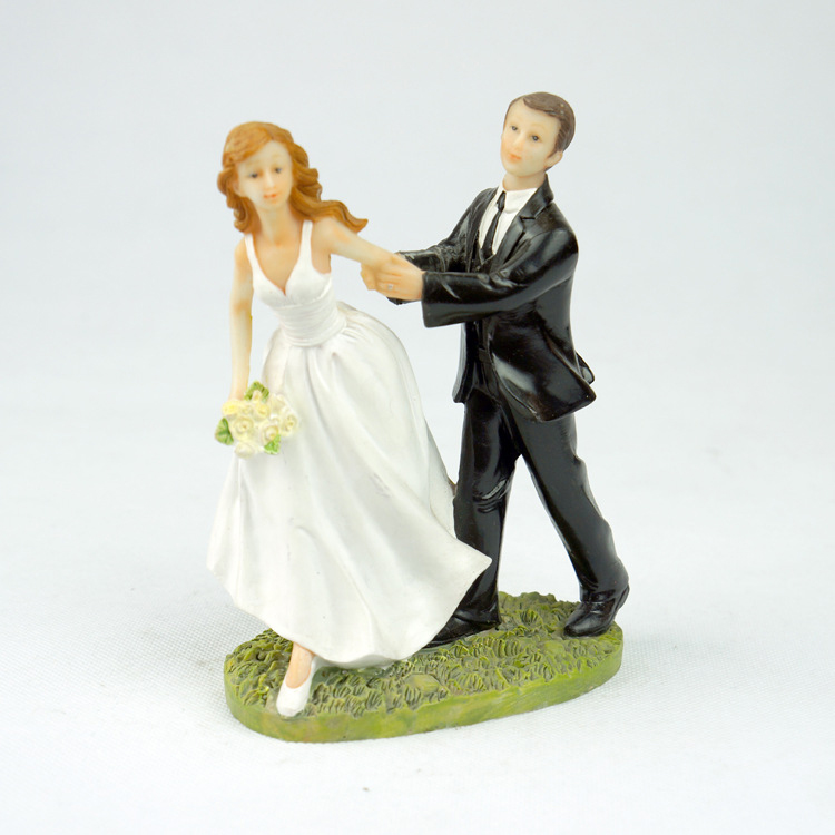 Funny Wedding Cake Topper Fishing Groom Bride Couple Figure Cake Topper