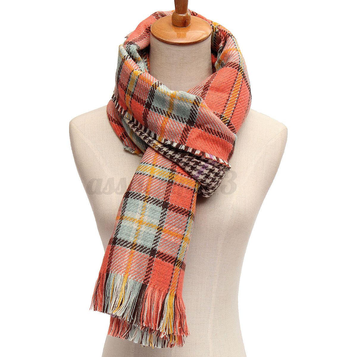 Wool Scarves. If you are looking for something cosy and stylish to ward off winter chills, look no further than our women's aran scarf range. Our Women's Aran Handknit Wool & Silk Scarves are a perfect addition to your winter wardrobe.