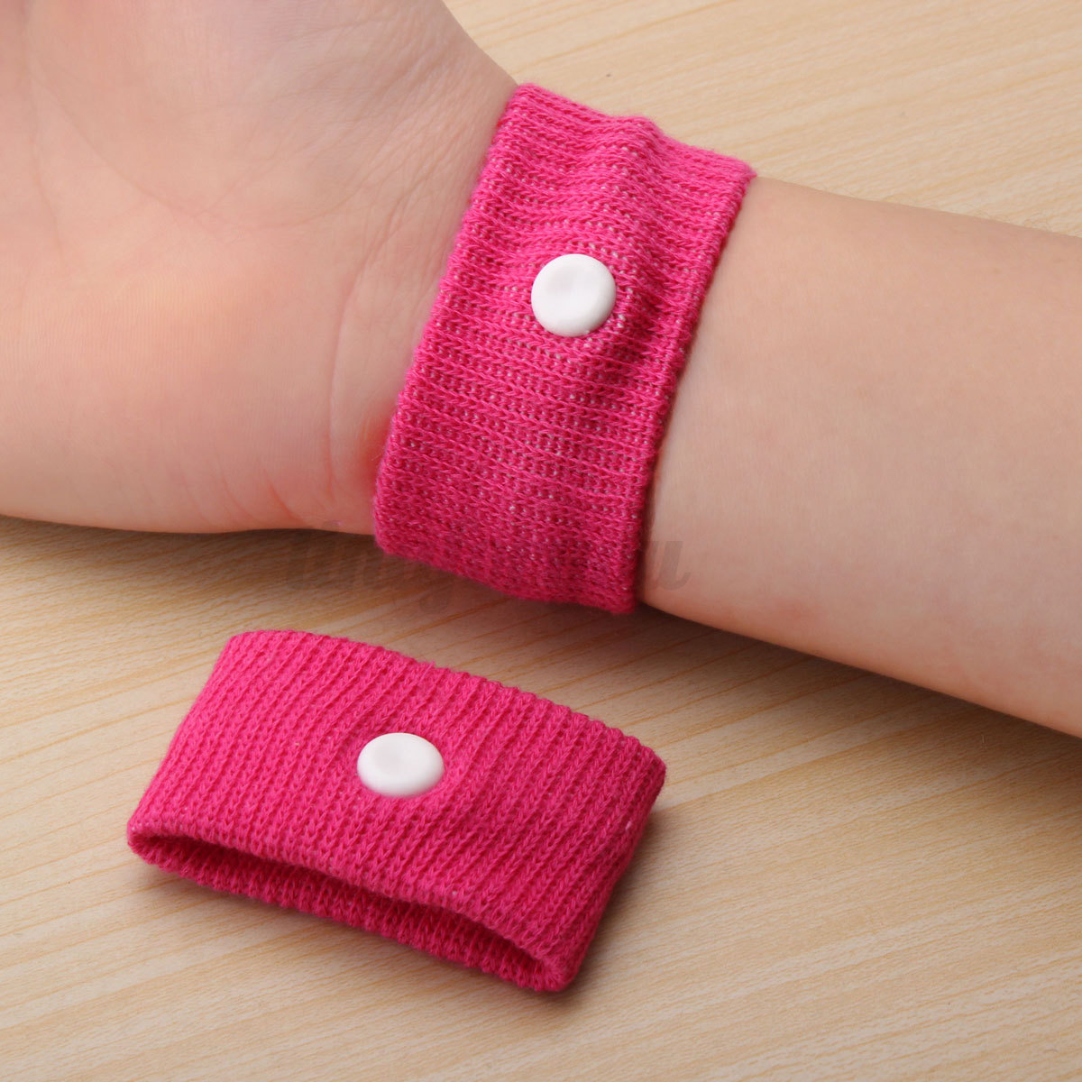 Car sickness wrist bands