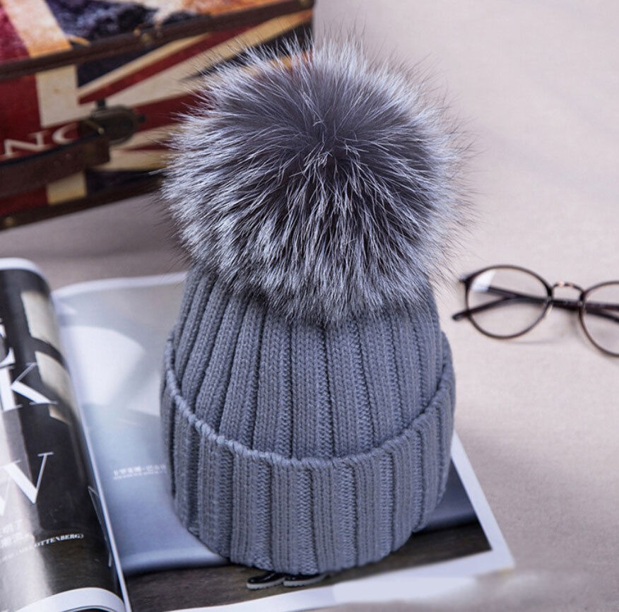 UK Women XL Artificial Fur 12cm Pom Pom Knitted Hat Beanie Bobble ... ac03d8b32c7