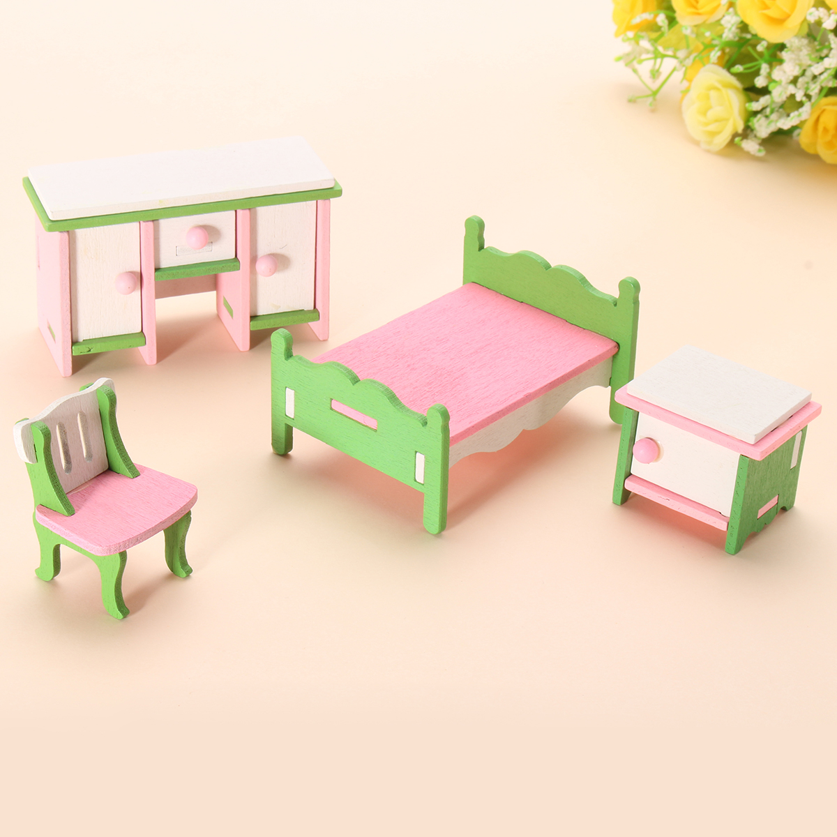 11 Set Wooden Furniture Dolls House Family Miniature For