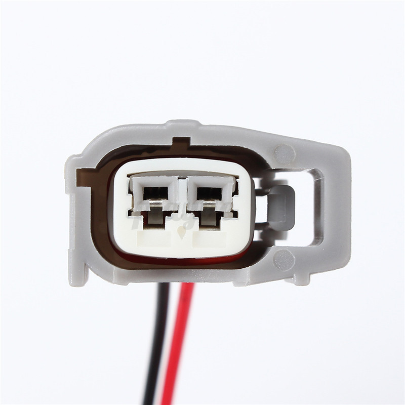 Female fuel injector connector electrical plug clip