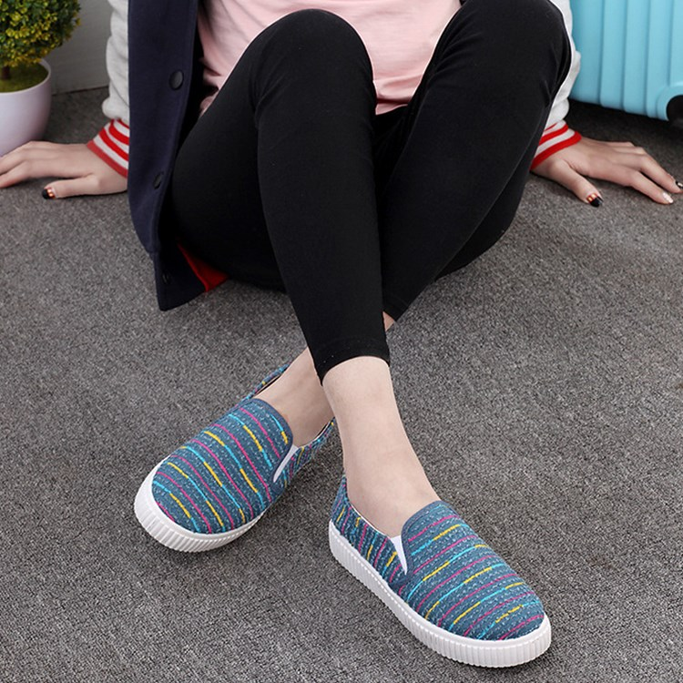 Women Striped Low Top Canvas Loafers Flats Casual Sneakers Slip On Soft Shoes